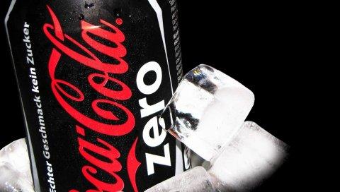 Кока-кола ноль, банк, лед