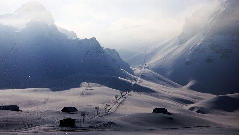 Снег, зима, лифт, лыжный курорт, домики, туман