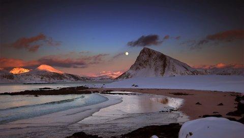 Горы, вечер, луна, снег, камни, океан