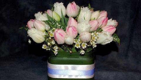 Тюльпаны, чайное дерево, цветы, букет, композиция, дизайн, коробка