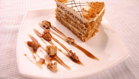 Торт, мед, сливки, грецкие орехи, соус, десерт, укладка