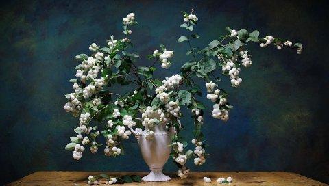 Букет, ваза, стол, ветки, листья