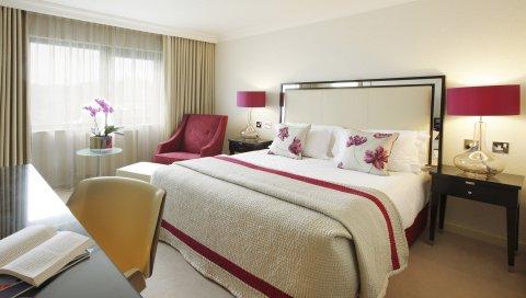 Кровать, стул, мебель, интерьер, дизайн