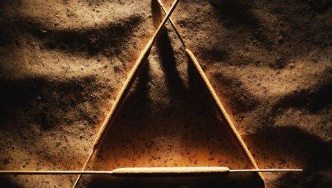 Тростник, треугольник, песок, тень