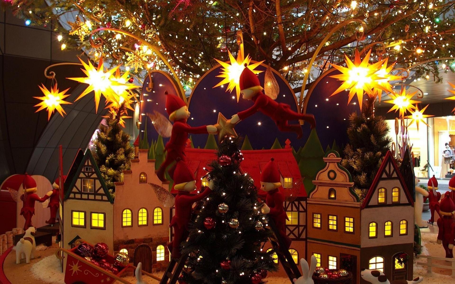 Картинки Дерево, рождество, праздник, дом, эльфы, рождественские украшения фото и обои на рабочий стол