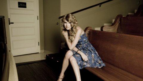 Taylor swift, блондинка, платье, комната, волосы, знаменитость