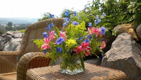 Васильки, альстромерия, цветы, букет, ваза, стол, форма, природа