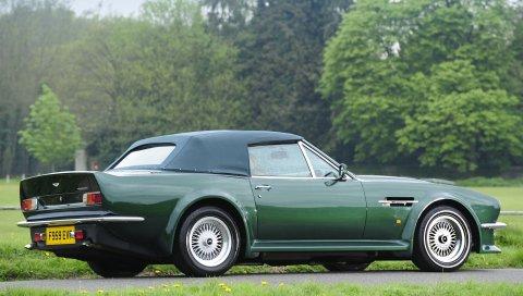 Aston martin, v8, vantage, 1984, зеленый, вид сбоку, автомобили, деревья