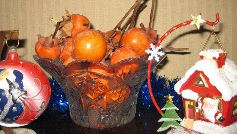 Новый год, праздник, рождественские украшения, хурма, ветка, лакомства, мишура