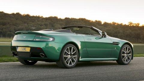 Aston martin, v8, vantage, 2011, зеленый, вид сбоку, автомобили, природа