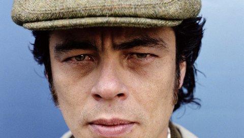 Benicio del toro, мужчина, брюнетка, шапочка, лицо, глаза