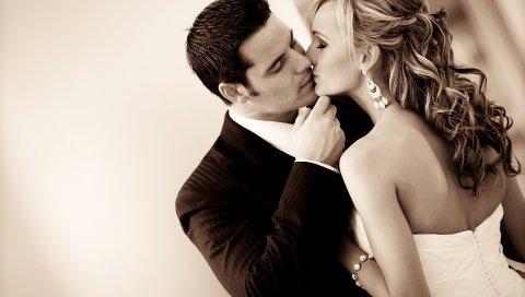 Пара, поцелуй, свадьба, сепия, черный белый