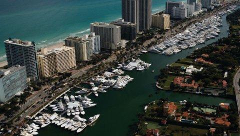 Майами, вид сверху, яхты, здания