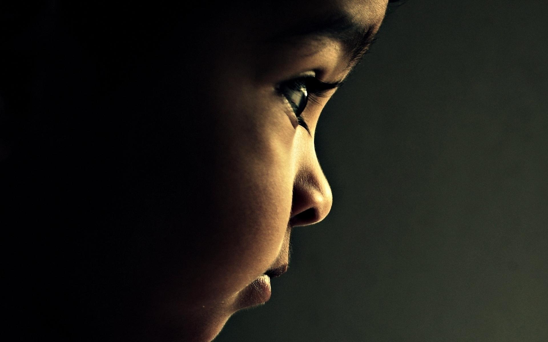 Картинки Ребенок, глаза, профиль, тень, ресницы фото и обои на рабочий стол