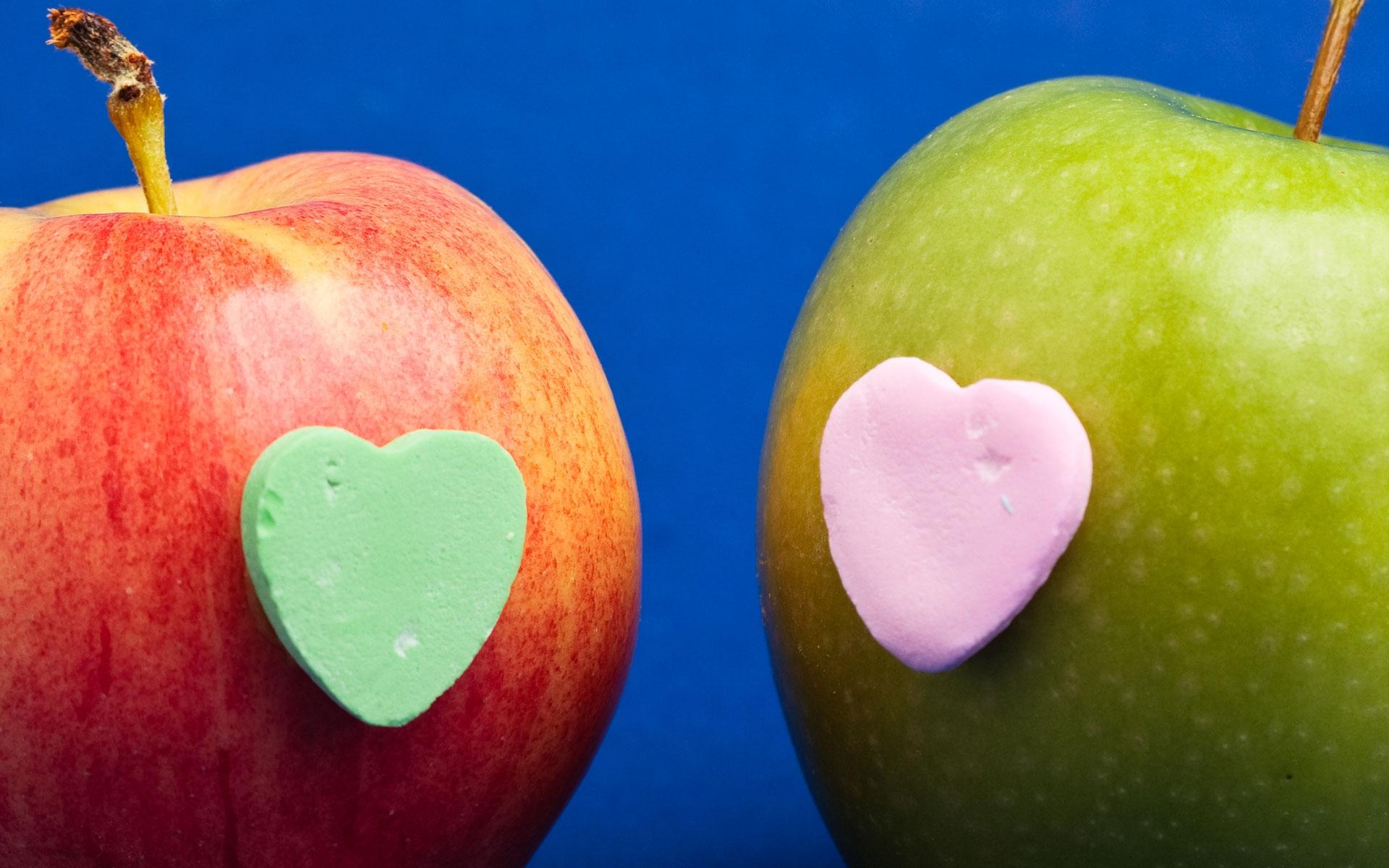 День матери, картинка прикольное яблоко