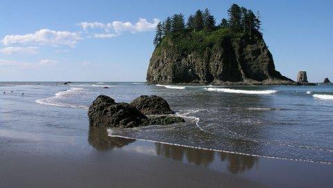 Камни, скалы, берег, пляж, песок, волны, деревья, небо