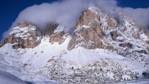 Горы, снег, дорога, склон, спуск, склон, туман, облака, вершины