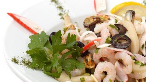 Салат, креветки, оливки, зелень, морепродукты, тарелки, регистрация