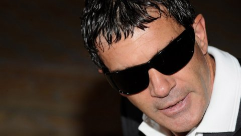 Antonio banderas, актер, мужчина, очки, темный, брюнетка