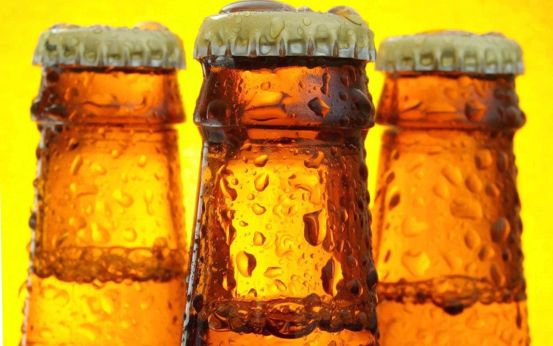 Картинки Бутылки, стеклянная крышка, мокрый, капельки фото и обои на рабочий стол