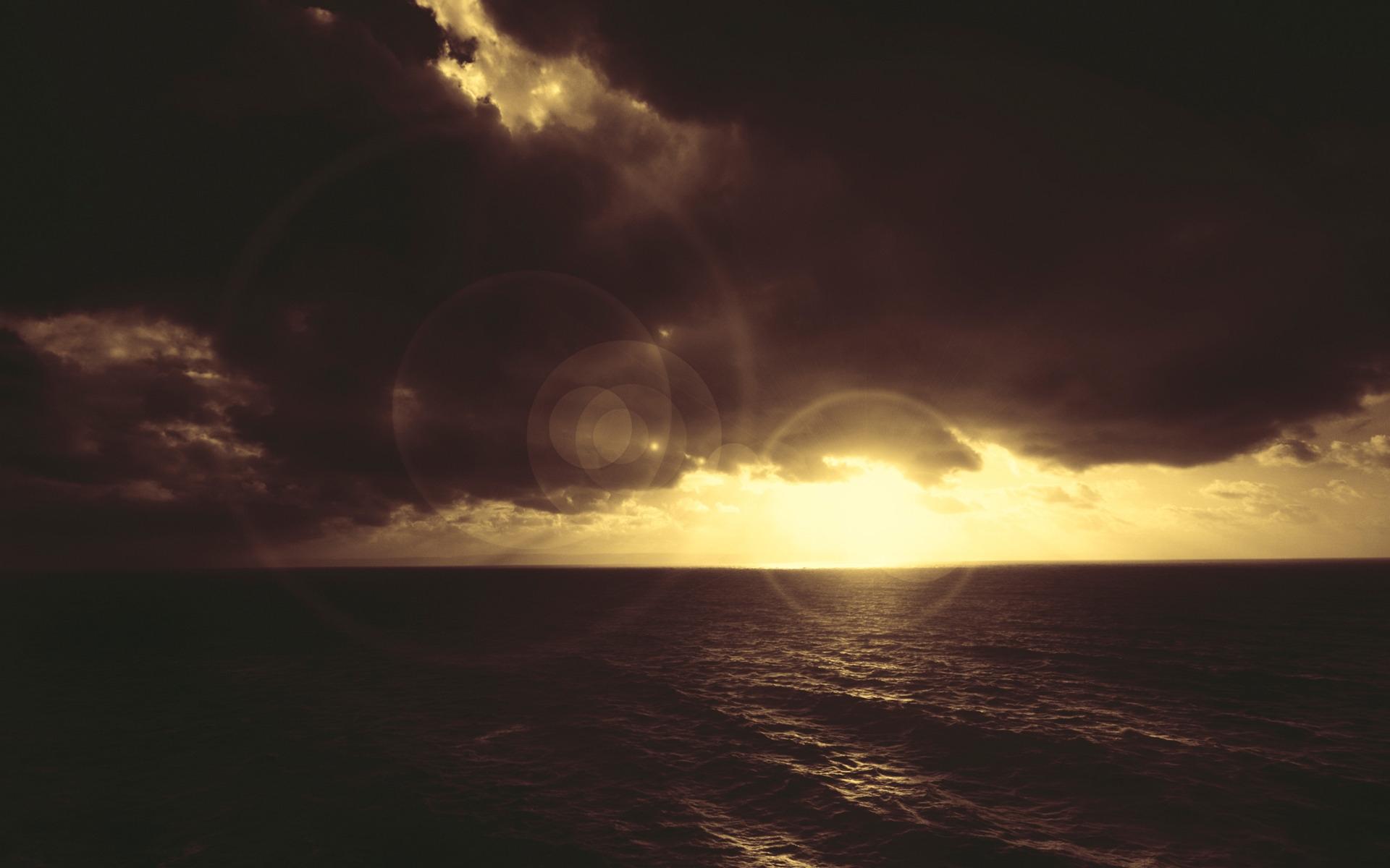 Картинки Пятна света, море, облака, свет фото и обои на рабочий стол