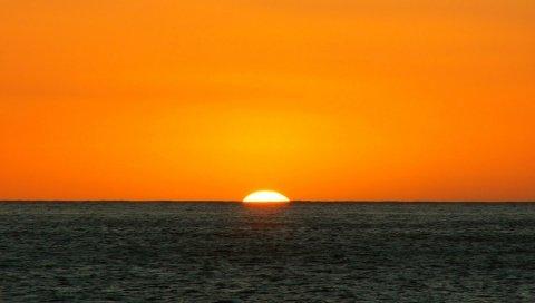 Оранжевый, темно-синий, море, горизонт, солнце