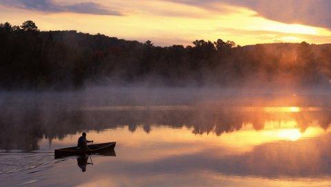 Лодка, озеро, человек, туман, горы, утро