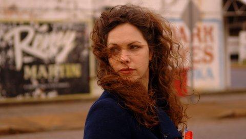 Amy lavere, девушка, взгляд, плечо, улица