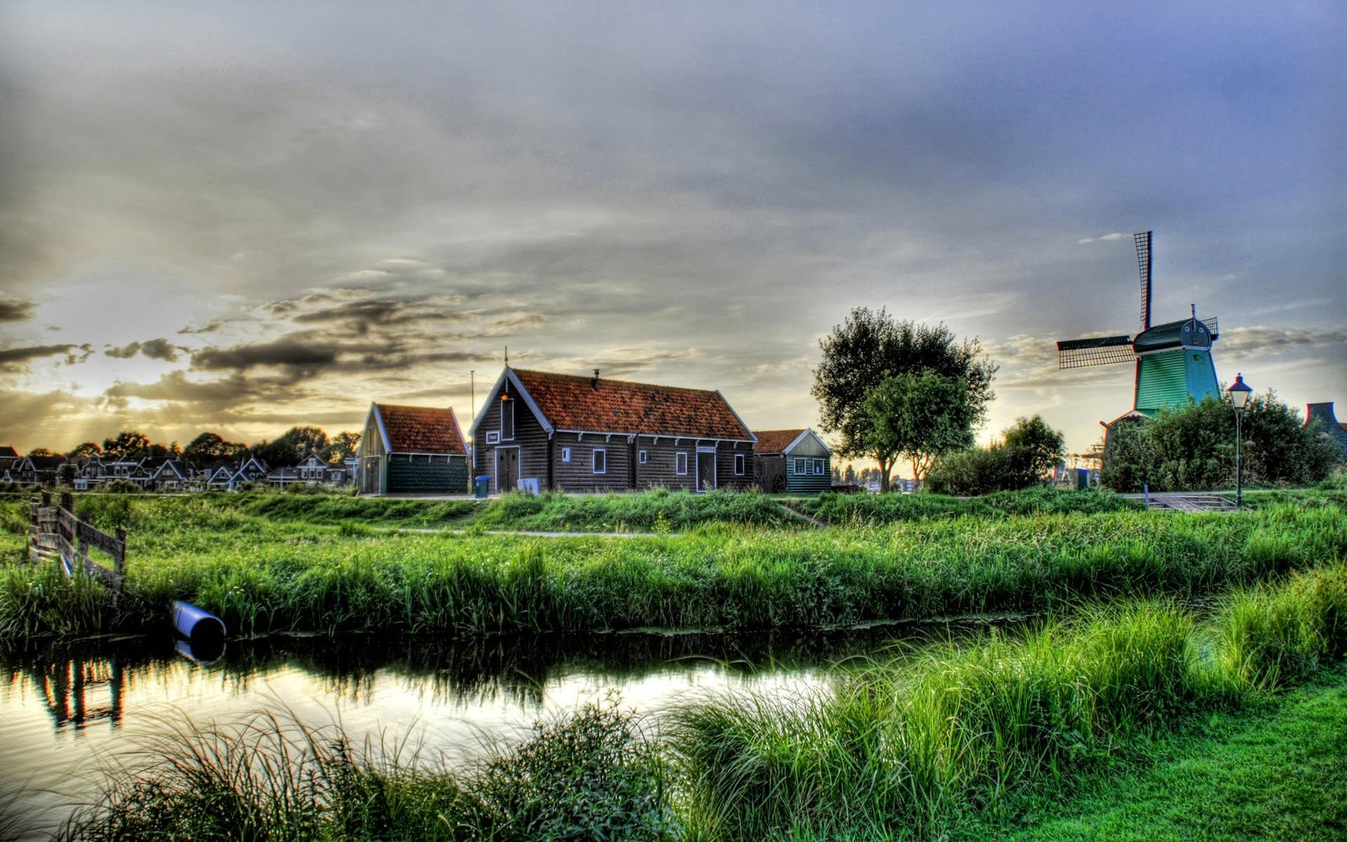 скрестить красивые картинки с деревенской природой и домами многих вас были