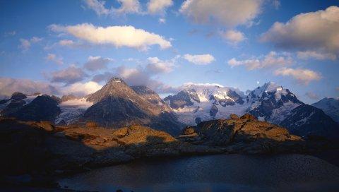 Горы, озеро, рябь, тень, облака, снег