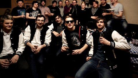 Kraftklub, группа, праздник, очки, куртки