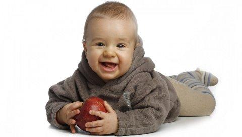 Ребенок, ребенок, яблоко, смешной
