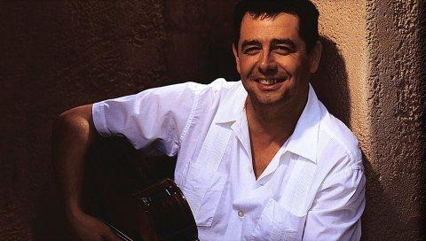 Marc antoine, улыбка, гитара, рубашка, лицо