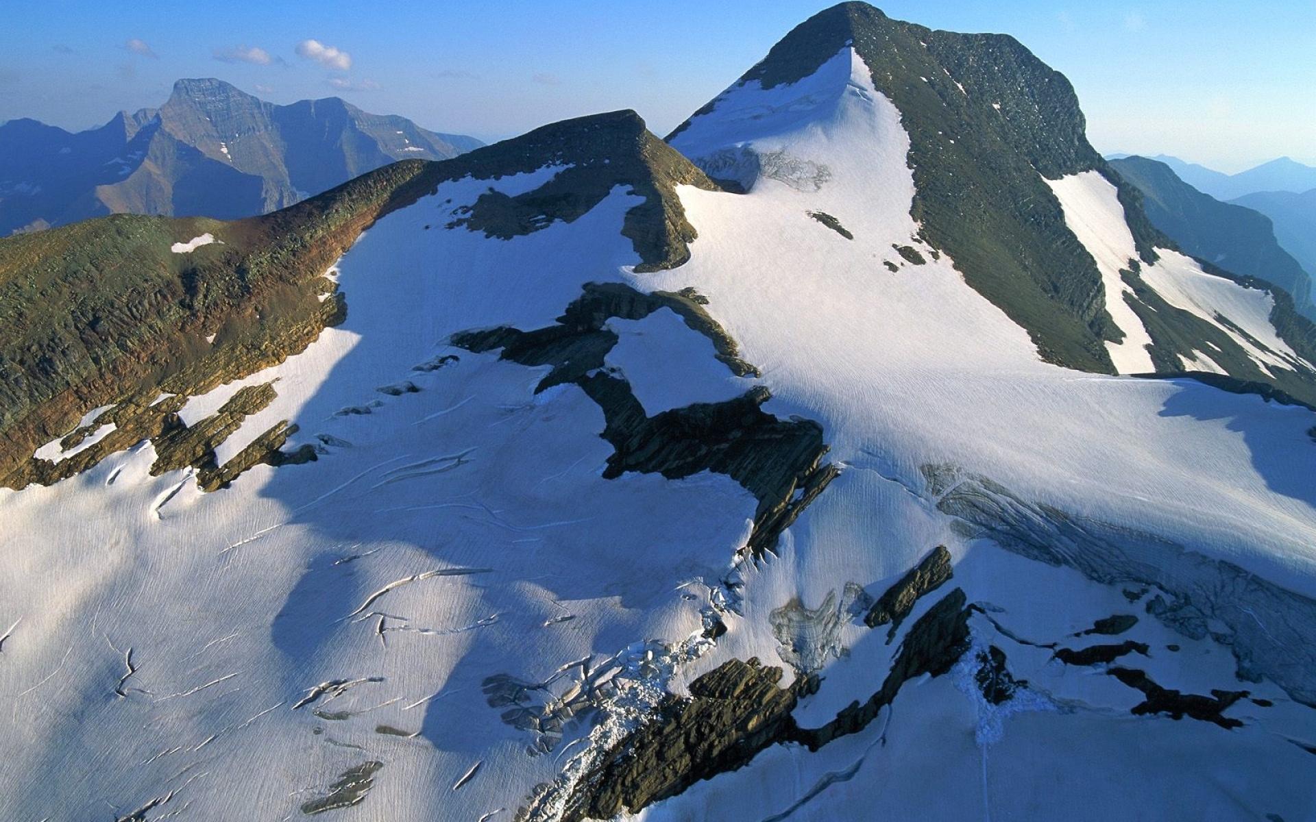 Картинки Горы, снег, камни, небо фото и обои на рабочий стол