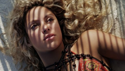 Шакира, песок, отдых, тень, солнечный свет