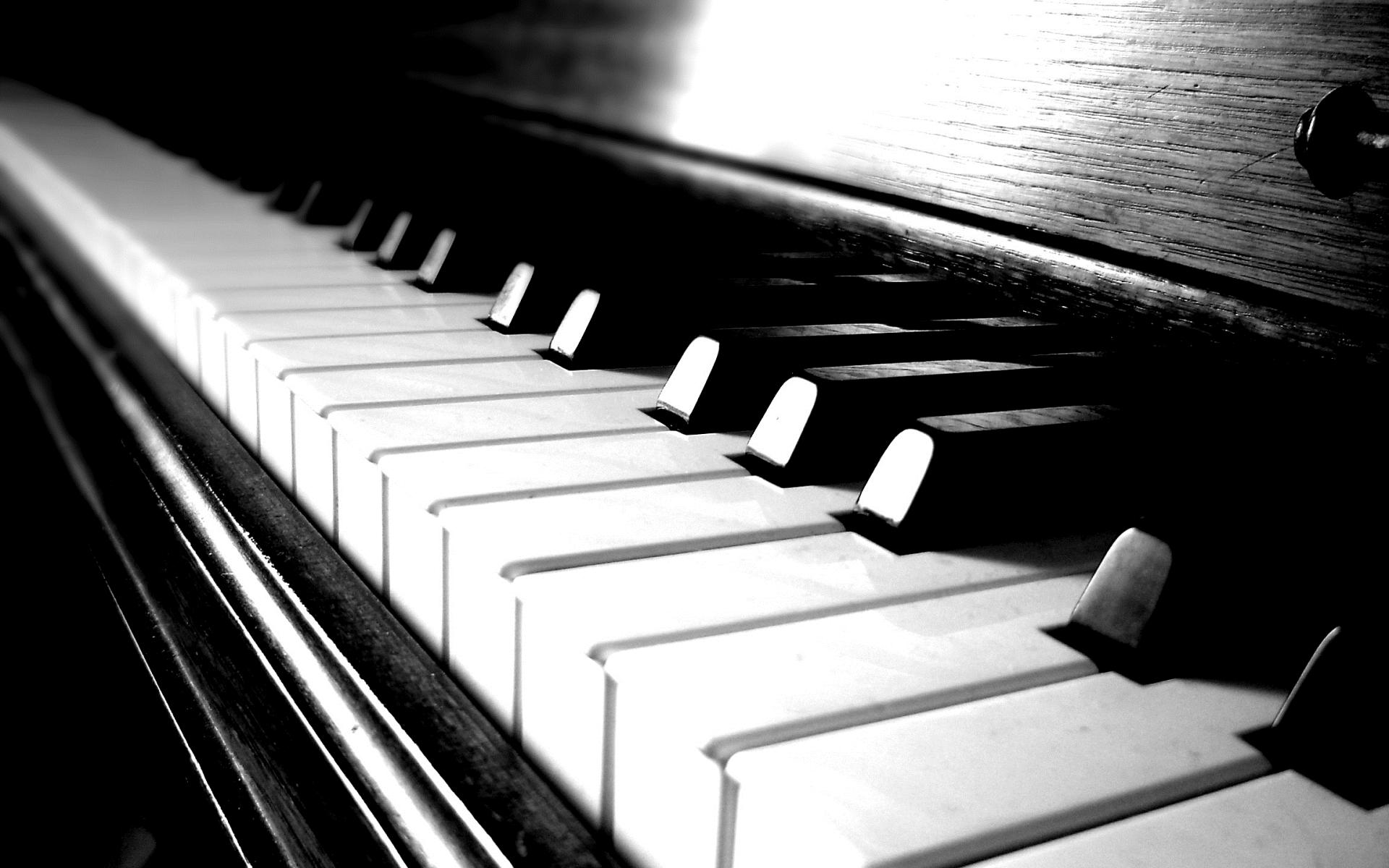 Картинки Фортепиано, клавиши, свет, отражение, дерево фото и обои на рабочий стол