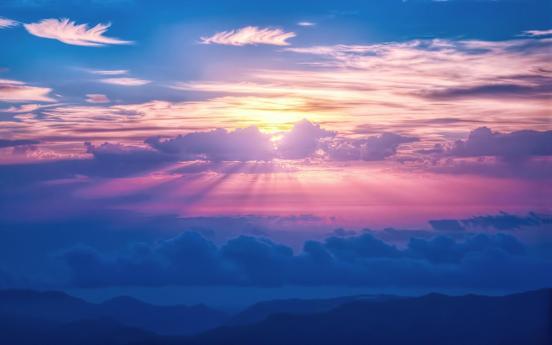 Картинки Облака, солнечные лучи фото и обои на рабочий стол
